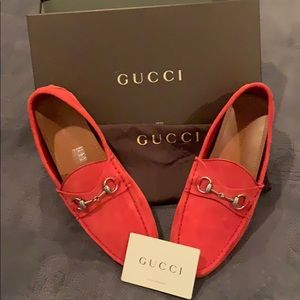 """""""Gucci Men's Suede Driver-Red 100% Authentic"""